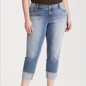 TORRID Cropped Boyfriend Jeans - Light Wash